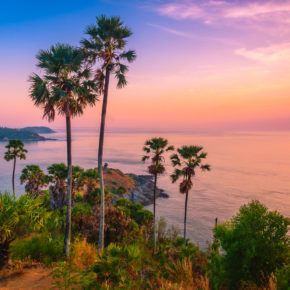 15 days to beautiful Phuket with a great 4* hotel, breakfast & flights only 5194 DKK