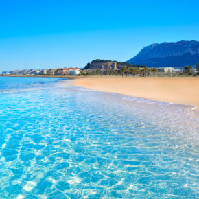 Spain: 9-day trip to Málaga at a great 4* hotel on the beach with flights only 872 DKK
