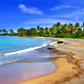 15 days on Jamaica with beachfront hotel and flights only 3329 kr