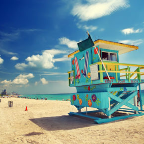 Roundtrip flights to Miami for only 2219 NOK / 244 €