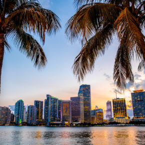 Party-trip: 8 days to Miami Beach with accommodation, breakfast & flights only 3129 kr