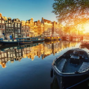 SUMMER: 3 days to Amsterdam at a 3* hotel with breakfast just from 709 DKK