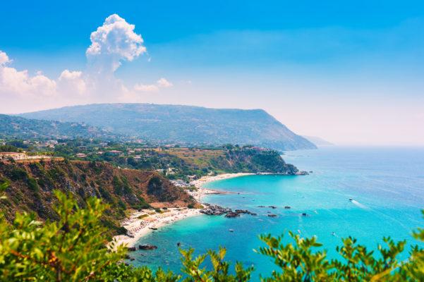 Calabtrien Blue Sea