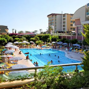 7 days all-inclusive to Alanya, Turkey at a 5* hotel with flights & transfer only 2969 kr