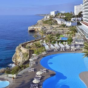 7 days all inclusive to Mallorca with excellent 4* hotel, flights & transfer from just 4269 DKK