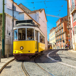 Short trip: 4 days Lisbon with 3* hotel, breakfast & flights from 1239 kr