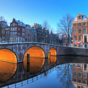 Winter in Amsterdam: 2 days in good accommodation only 106 kr