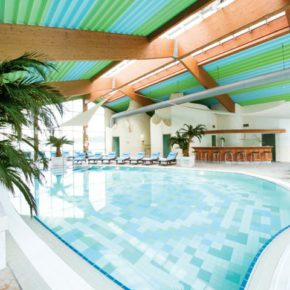 Wellness: 2 days in Windhagen with 4* hotel & breakfast only 259 kr
