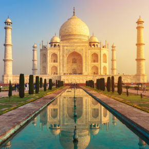 India: Direct roundtrip flights to New Delhi with luggage only 2758 kr