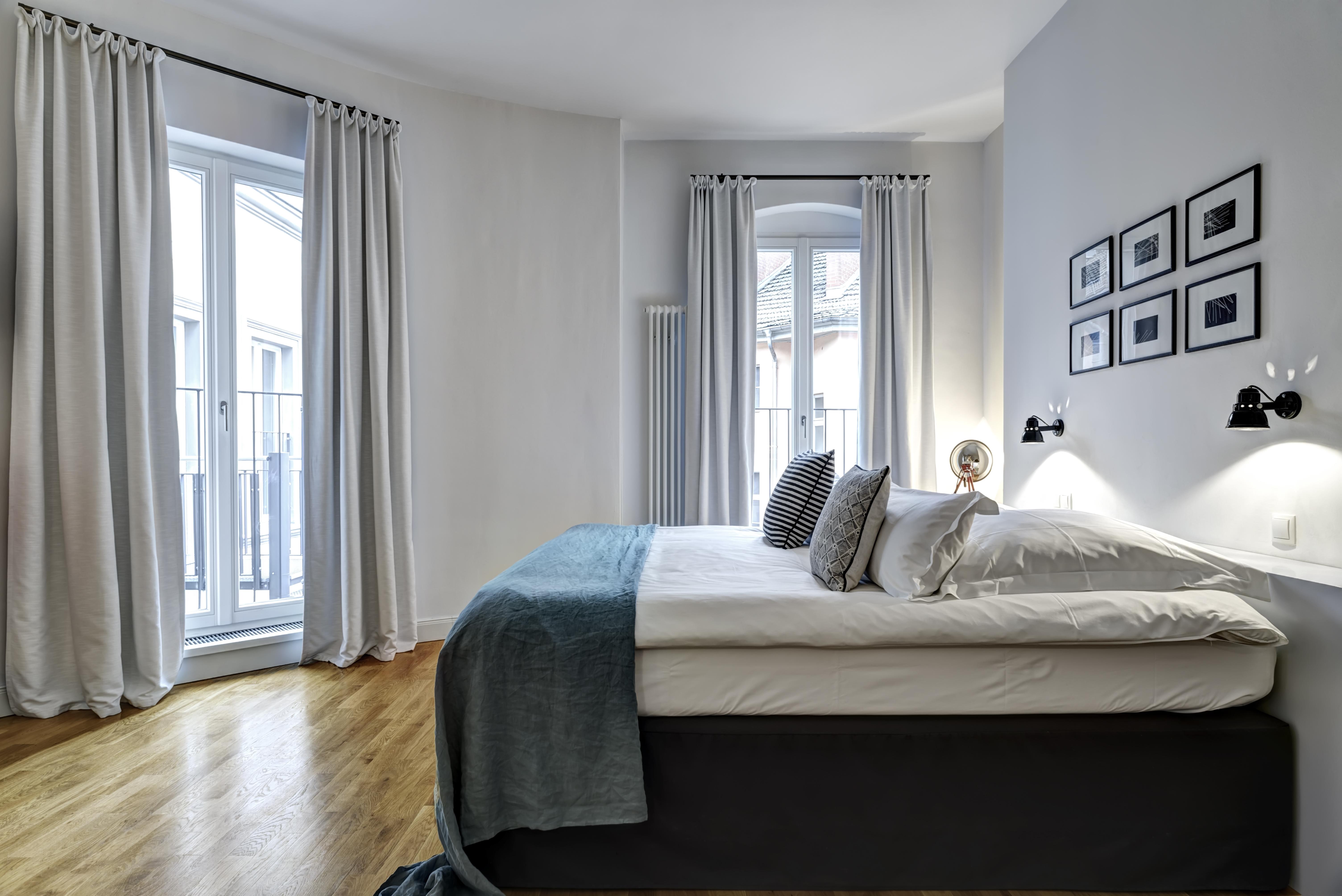 berlin city break 2 days in the stylish gorki apartments only 534 kr. Black Bedroom Furniture Sets. Home Design Ideas