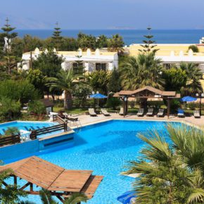 Greece: 7 days on Kos at great 4* hotel with all inclusive, transfer & flights only 2875 kr