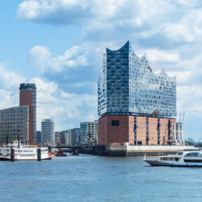 Luxury in the german city Hamburg: 2 days in the TOP Westin Hotel in the Elbphilharmonie only 745 kr